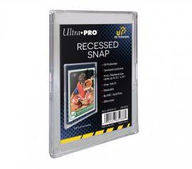 Ultra Pro UV Recessed Mini Snap kártya tartó széles peremmel